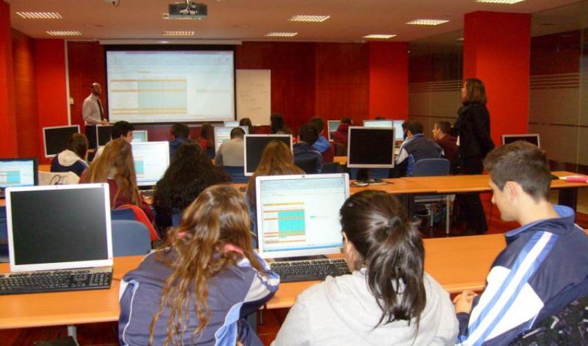 Los alumnos del colegio agustiniano vuelven al CEEI de Guadalajara para completar su taller formativo