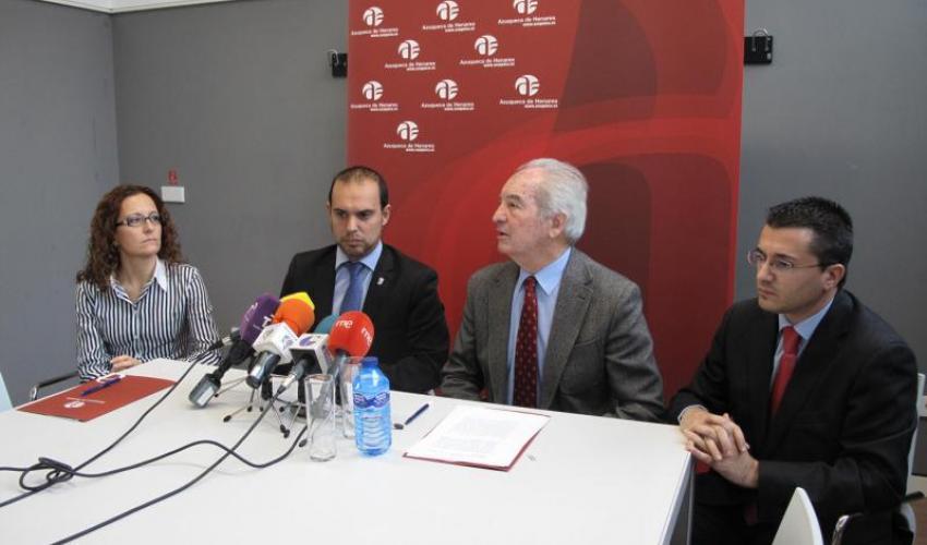 Ayuntamiento y CEOE colaboran para potenciar la industria de Azuqueca