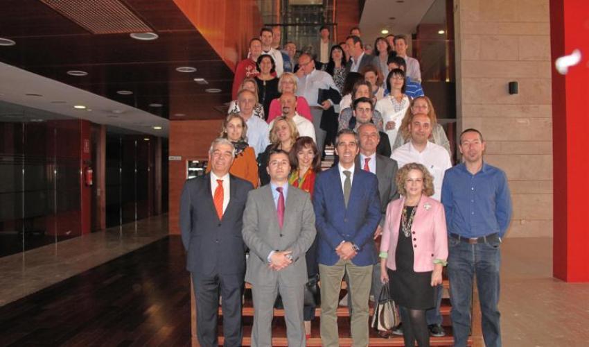 Un total de 43 alumnos se han formado en dos Curso de Creación de Empresas impartidos por la EOI y cofinanciados por la Junta