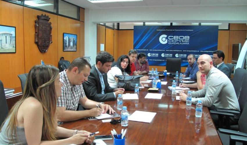 GuadaNetWork concluye el primer semestre con 10 encuentros y más de 200 participantes