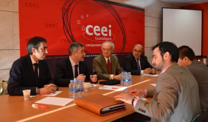 El presidente de GICAMAN se reúne en el CEEI Guadalajara con representantes de CEOE-CEPYME Guadalajara