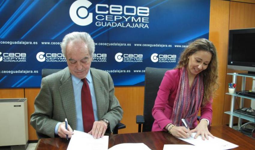 CEOE-CEPYME Guadalajara y Liberbank CCM firman un convenio de colaboración