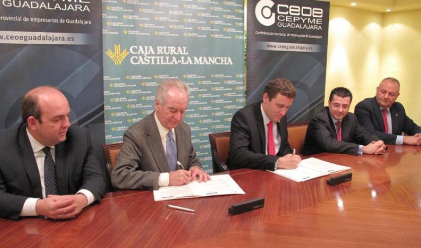 Caja Rural Castilla-La Mancha habilita 30 millones para dar créditos a los empresarios de Guadalajara