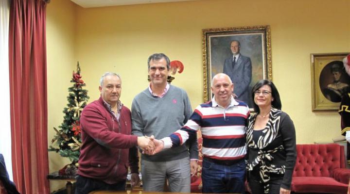 Convenio de colaboración entre el Ayuntamiento y FEDECO