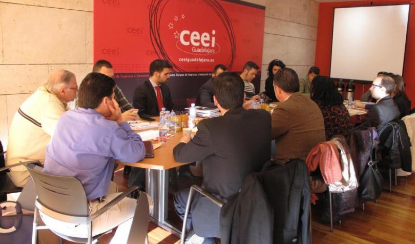 15 emprendedores se reúnen en un nuevo encuentro de GuadaNetWork