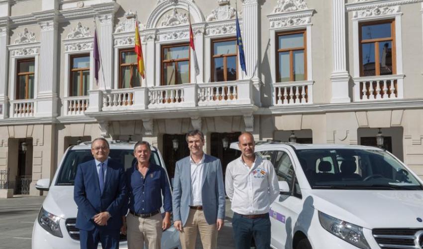 Guadalajara cuenta ya con dos taxis adaptados para personas discapacitadas