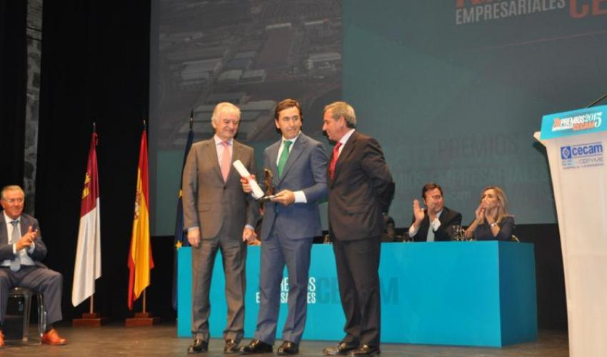 José María Alaña premiado por la provincia de Guadalajara en los XII Premios Empresariales de CECAM