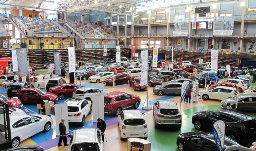 El VIII Salón del Automóvil finaliza con 140 vehículos vendidos