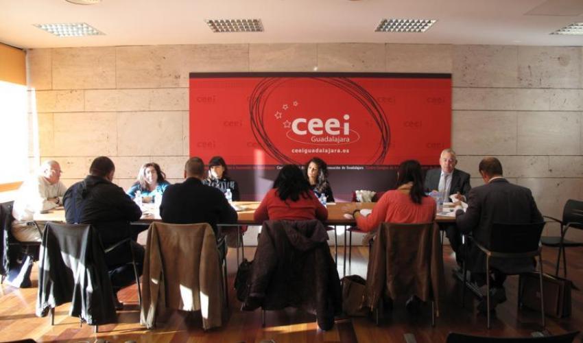12 empresas de la provincia de Guadalajara muestran sus servicios en busca de nuevas sinergias y oportunidades de negocio