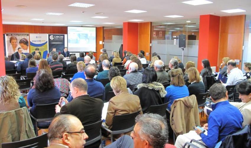 Un centenar de empresarios se informan de la nueva programación de la inspección de trabajo para 2016
