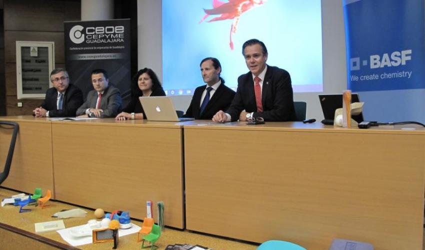 Presentado el primer concurso de diseño industrial del mueble para estudiantes de la UAH