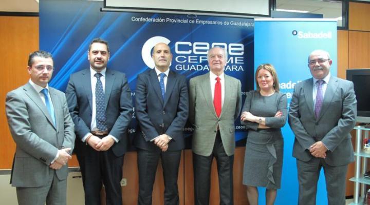 CEOE-CEPYME Guadalajara y Banco Sabadell firman un convenio de colaboración