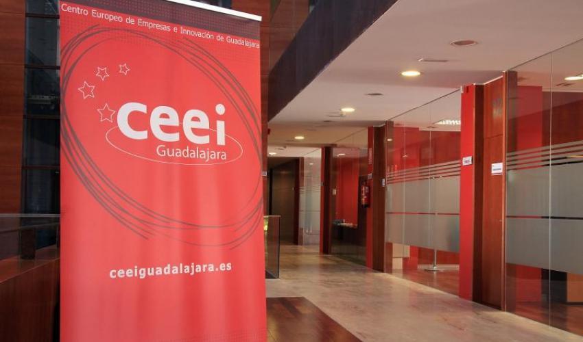 """El CEEI de Guadalajara informa a los empresarios alcarreños del programa de """"European Coworkings"""""""