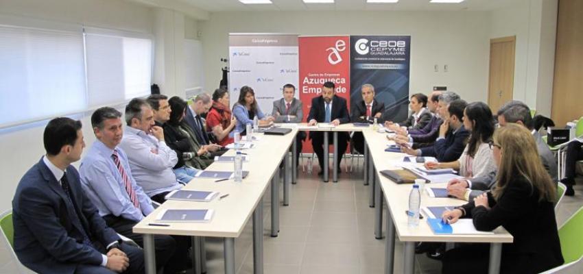 Una veintena de empresarios se informan sobre los medios de cobro y pago internacionales en una nueva jornada de comercio exterior organizada por CEOE-CEPYME Guadalajara