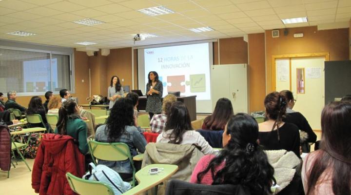 """El CEEI de Guadalajara explica el proyecto """"las 12 horas de la innovación"""" a los alumnos del IES Carmen Burgos de Seguí de Alovera"""