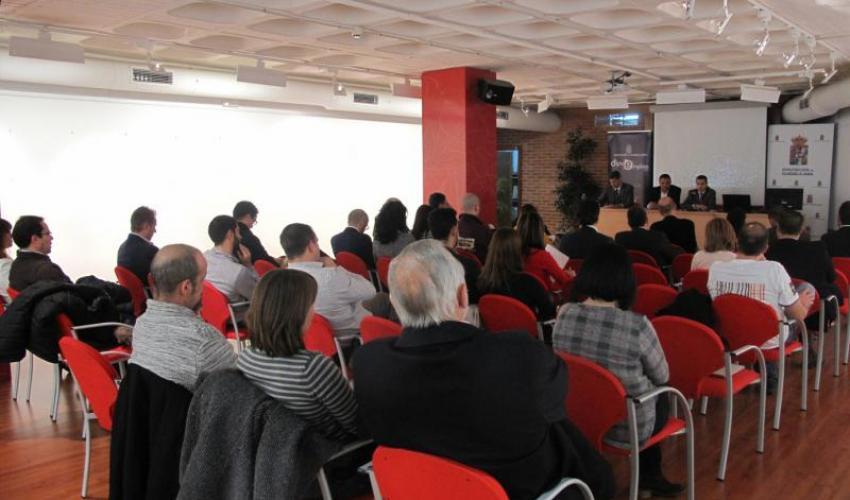 Diputación ha prestado apoyo a más de 100 emprendedores en los tres últimos años