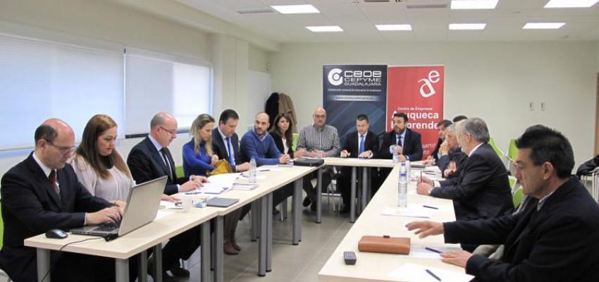 Azuqueca acoge un encuentro sectorial de empresas vinculadas con el ferrocarril