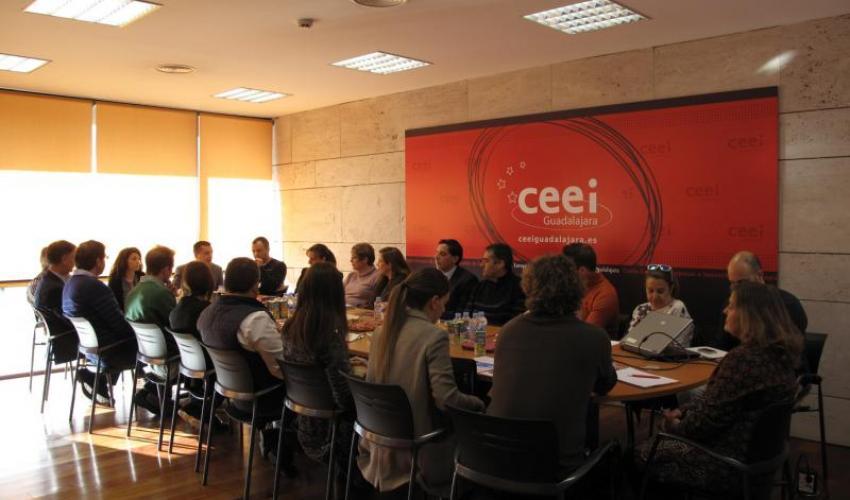 El CEEI de Guadalajara realiza un desayuno de trabajo con las empresas del centro