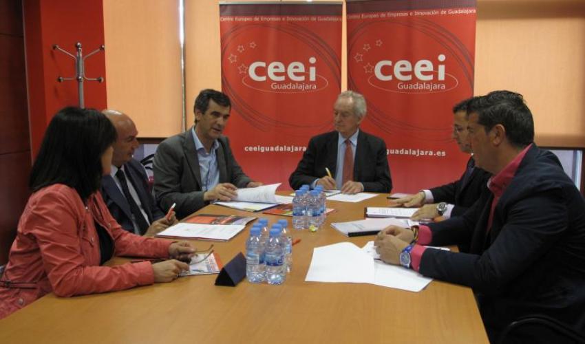 El CEEI de Guadalajara celebra su patronato para analizar las actividades realizadas durante el primer semestre del 2016