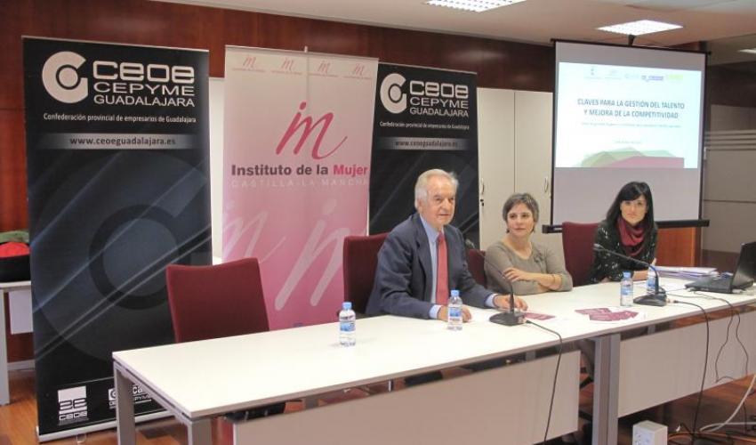 Los planes de igualdad de género y la conciliación de la vida familiar centran la jornada del Instituto de la Mujer