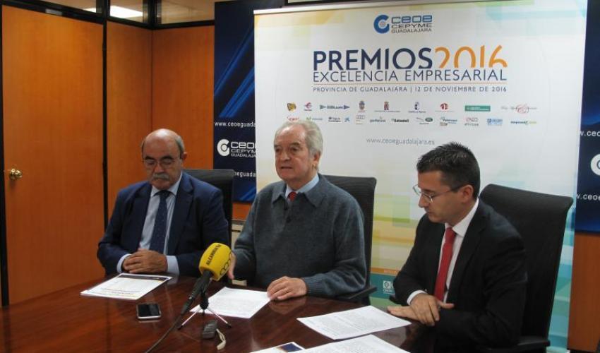 Agustín de Grandes presenta los Premios Excelencia Empresarial 2016
