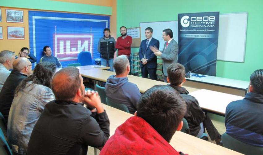El Gobierno regional destina más de medio millón de euros a cursos para completar la formación de trabajadores de Guadalajara