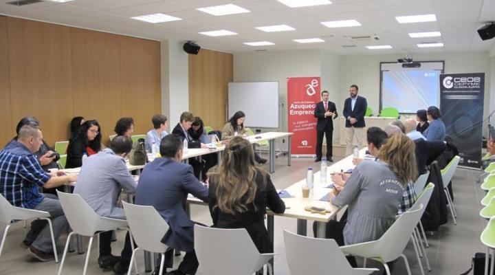 Azuqueca acoge una nueva edición de AzuNetWork con la participación de más de una veintena de empresarios
