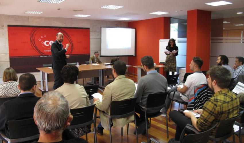 Emprendedores y empresarios se informan de las líneas de financiación de CDTI