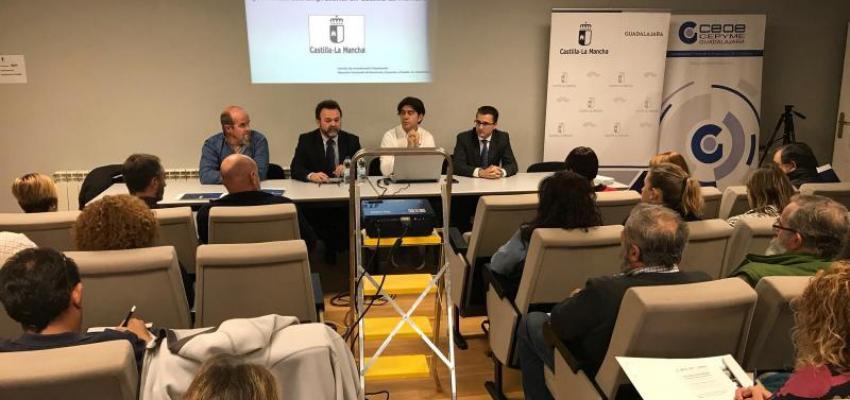 Medio centenar de empresarios y emprendedores de la Comarca de Molina se interesan por las ayudas a la inversión empresarial del Gobierno regional