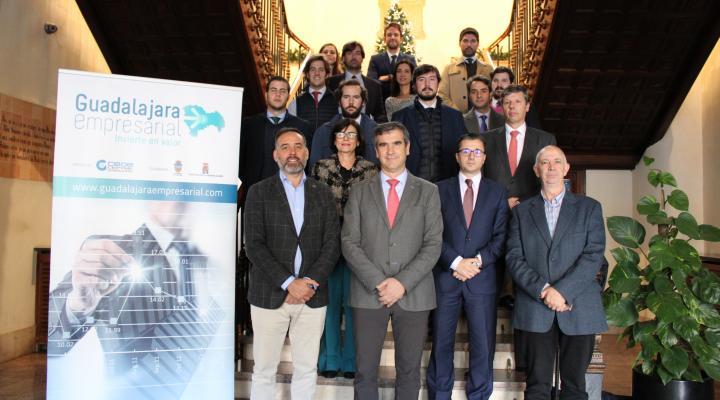 Antonio Román recibe a un grupo de inversores dentro del proyecto &#x201CGuadalajara Empresarial&#x201D