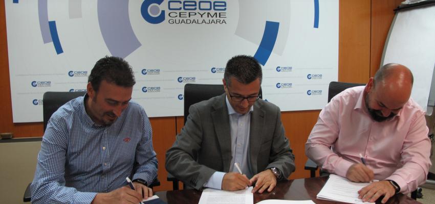 CEOE-CEPYME Guadalajara firma un convenio de colaboración con las empresas Recuperaciones Alcarreñas y AMBAR Plus para la retirada de residuos peligrosos y no peligrosos