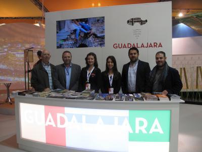 La Federación Provincial de Turismo de Guadalajara promociona en FITUR los encantos de la provincia