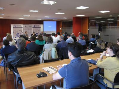 Empresarios de Guadalajara se informan del portal de contratación de la Junta de Comunidades de Castilla-La Mancha