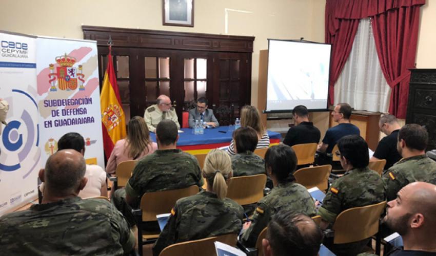 CEOE-CEPYME Guadalajara, en colaboración con el CEEI alcarreño y la Subdelegación de Defensa de Guadalajara, imparten un taller informativo sobre formación, empleo y emprendimiento