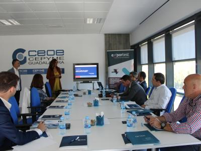 Empresarios de Guadalajara se informan sobre los medios de cobro y pago internacionales en una nueva jornada de comercio exterior organizada por CEOE-CEPYME Guadalajara