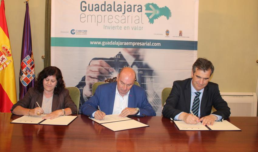 """Diputación Provincial, Ayuntamiento y CEOE-CEPYME Guadalajara renuevan el convenio del proyecto """"Guadalajara Empresarial"""""""
