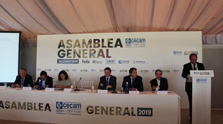 Los empresarios de CLM arropan a CECAM en su asamblea general y analizan las medidas que necesita nuestra economía